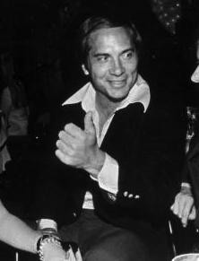 Johnny_Bench_circa_1980_CROP