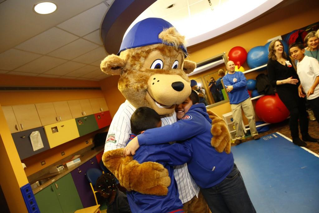 chi-chicago-cubs-mascot-clark-20140113