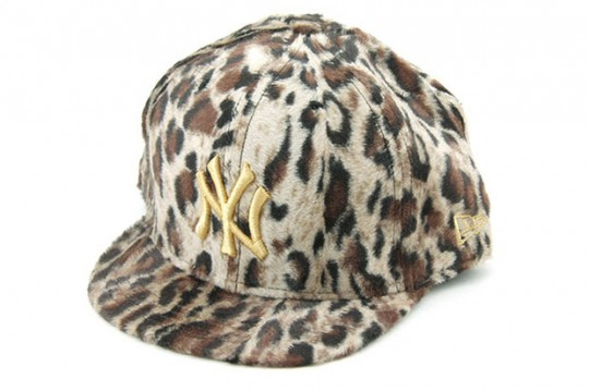 new-era-506-leopard-yankees-cap-540x359
